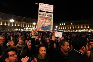 El mundo y particularmente Francia vive horas de angustia y conmoción tras sufrir el peor atentado en su territorio en más de medio siglo.