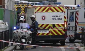 """Molins explicó que los miembros del comando llegaron a la sede del """"Charlie Hebdo"""" en el distrito XI de la capital francesa en un Citroen C-3 hacia las 11:30 locales (10:30 GMT) y asesinaron a su primera víctima antes de entrar a las oficinas del periódico."""