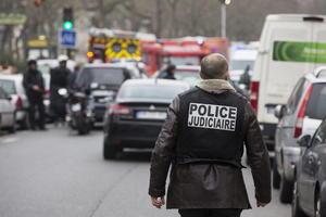 """El fiscal de París, François Molins, explicó que los autores eran """"al menos dos individuos"""", que gritaban """"Alá es el más grande""""."""