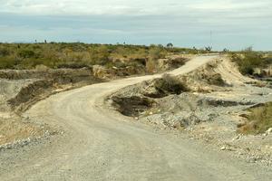 Hay vados que son riesgosos de transitar, ya que el camino es disparejo, por la baja profundidad del arroyo.