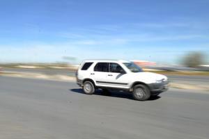 La circulación vehicular a muy alta velocidad es un factor de riesgo para quienes diariamente conducen por el Periférico.