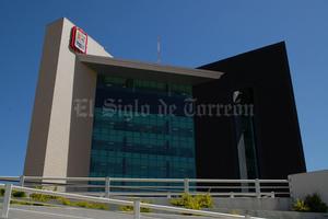 8 de enero | Deuda. Se dio a conocer que en un año, la deuda a corto plazo del Gobierno municipal pasó de 235 millones 920 mil 844.93 pesos a 308 millones 061 mil 376 mil pesos.