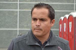 11 de abril | Sanción. Alberto Porragas Quintanilla, director de Protección Civil de Torreón, fue separado de su cargo durante una semana, sin goce de sueldo, por hacer uso en beneficio personal de una camioneta oficial.