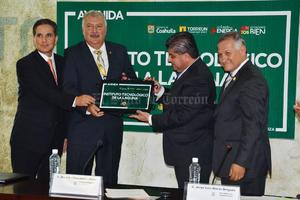 25 de septiembre | Reconocimiento. El Cabildo de Torreón reconoció al Instituto Tecnológico de la Laguna (ITL) en la celebración de sus primeros 50 años.