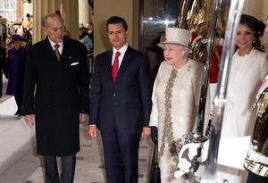 Peña Nieto y su esposa se alojarán durante el resto de su estancia en el palacio de Buckingham.