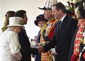 En el Pabellón real del Horse Guards Parade también estaban el primer ministro, David Cameron, y otros miembros del Gobierno.