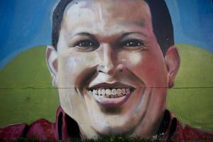 Con su revolución bolivariana en marcha, Chávez inscribió su candidatura para las elecciones del 3 de diciembre de 2006, cuando resultó reelecto con el 61 por ciento de los votos, con 6.1 millones de sufragios, una de las más altas votaciones en este país.