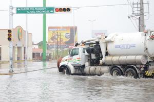 Personal de atención ha tratado de aligerar los efectos negativos de las lluvias.