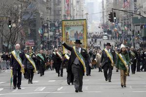 Este año, el desfile reunió a unas dos millones de personas, entre espectadores y participantes de la procesión.