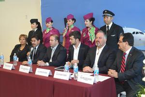 El gerente de estrategia de Volaris, Andreas Waldmann, dijo que el vuelo a Guadalajara tendrá dos frecuencias a la semana y el de Tijuana una.