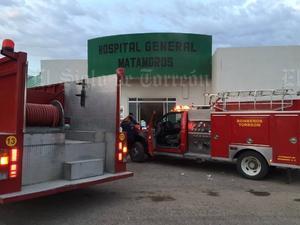 Los bomberos lograron controlar la situación, sin embargo 8 pacientes tuvieron que ser trasladados a otros hospitales.