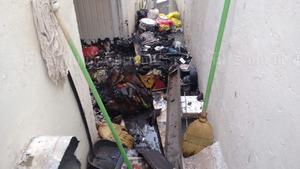 La Unidad de Protección Civil informó que la posible causa del siniestro fue un corto circuito.