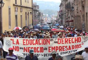 20 de junio | Suspensión. En los estados de Oaxaca y Michoacán se suspenden las evaluaciones a profesores ya que no existen las condiciones para llevarse a cabo.