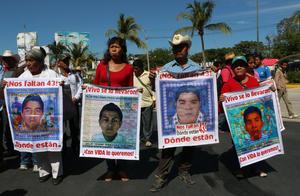 26 de septiembre | Aniversario. Con movimientos de protesta a nivel nacional, conmemoran el primer aniversario de la desaparición de los 43 normalistas de Ayotzinapa.
