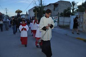 Un acto religioso que logró que muchos de los asistentes, conocieran por primera vez Viesca.