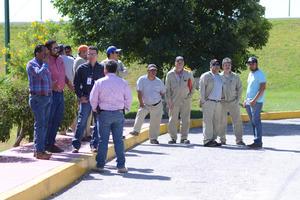 Ecoagua contaba con una planta laboral de 30 personas que estaban en el interior, mientras realizaban en inventario.