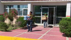 Alrededor de las 5 de la tarde, personal de Ecoagua empezó a abandonar las instalaciones.