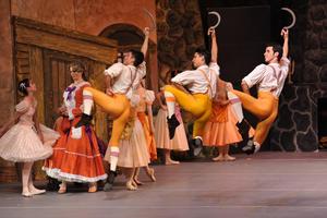 La cita fue en el Teatro Nazas, el cual lució a tres cuartos de su capacidad.