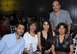 Erick Sotomayor Ruiz  INAUGURACION EXPOSICION EL REYNO DE LAS FORMAS MUSEO AROCENA. Bernardo,Maria,Isolda,Mary Carmen y Ricardo.