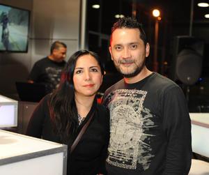 Erick Sotomayor Ruiz  PRESENTACION MOTO DUCATI. July y Alex.