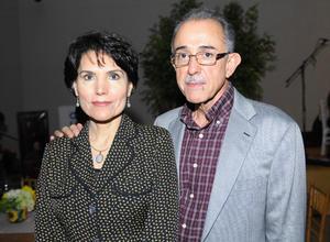 Erick Sotomayor Ruiz  INAUGURACION EXPOSICION EL REYNO DE LAS FORMAS MUSEO AROCENA. Georgina y Boyardo.