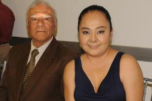 Carlos Mendoza Hernández y Rosa Rodríguez Mendoza.