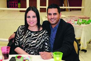 FELICES.  Claudia y Ramiro.