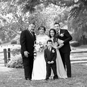 19042015 Dr. Juan Antonio Olivas Carrillo y Sra. Érika Limón de Olivas acompañados de sus hijos érick, Fernanda y Paul.- Benjamín Fotografía