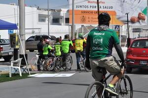 La Visión Cero se enfoca en el rediseño de los sistemas viales, lo que implica modificar la infraestructura, los reglamentos, los vehículos, las conductas y todos los factores que los interrelacionan, de modo que va más allá de la construcción de infraestructura ciclista y peatonal.