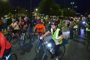 Se celebró el Rodatón en el marco de la Semana de la Bici y del Peatón 2015 que realiza el colectivo ciclista Ruedas del Desierto para celebrar su cuarto aniversario de promover el uso de la bicicleta en las calles de la Comarca Lagunera.