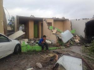 Reportes televisivos informaron de 250 viviendas dañadas por el paso del tornado en Ciudad Acuña.
