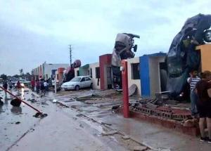Usuarios de las redes sociales han compartido impactantes imágenes de los daños causados por este fenómeno.