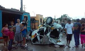 En pérdida total quedaron varios automóviles.