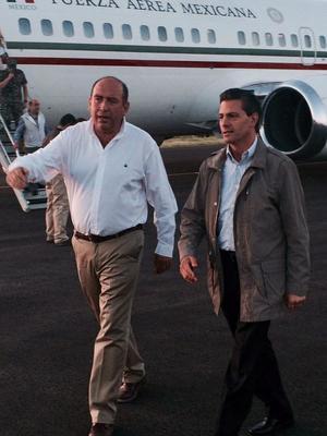 El gobernador Rubén Moreira recibió al presidente para realizar el recorrido.
