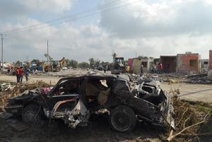Los daños causados en viviendas y vehículos son impactantes.