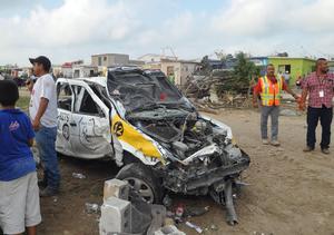 Autos quedaron en pérdida total tras el tornado.