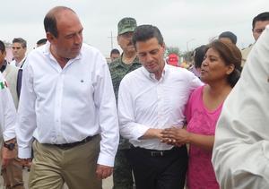 Enrique Peña Nieto se trasladó a Ciudad Acuña, para realizar un sobrevuelo y evaluar los daños que ocasionó un tornado categoría cuatro.