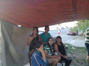 Ruth Minor, Juan Lopez, Tania Vargas, Karla Hernandez y Brixx Bustamante.