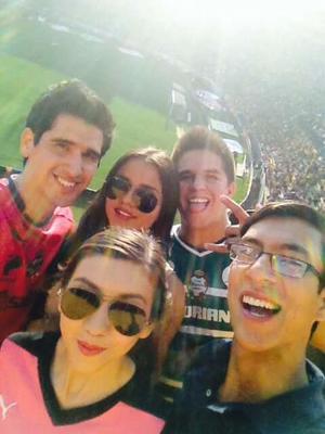 Rubén Ruvalcaba Zatarain y amigos, en Monterrey.