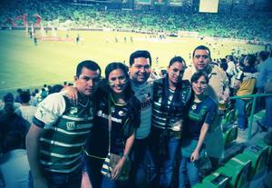 Omar, Esther, Salvador, Elena, Georgina y Fernando.