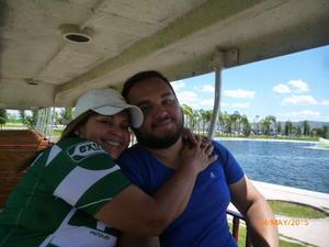 Eva Solis y Hector Herrera.