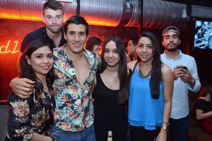 Diana, Goku, Emilio, Montse, Cristy y Vaca.