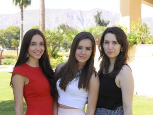 Andrea, Arantza y Mariel.