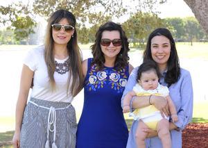 Martha, Andrea, Martha y Elena.