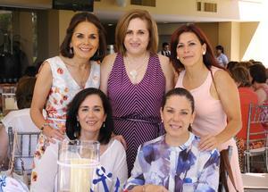 Pecky, Mónica, Gaby, Luchita y Mayela.