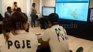 El Centro Coordinador de Operaciones Elecciones 2015, estuvo pendiente del desarrollo de comicios en Torreón.