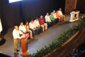 El gobernador Rubén Moreira dijo que espera que antes de terminar su sexenio, el estado tenga por lo menos tres orquestas más como la que tiene sede en La Laguna.