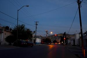 """Otro de los tramos que se encuentra """"a medias"""" es el de la calle Comonfort, entre las avenidas Matamoros y Morelos."""
