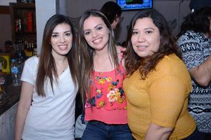 Cecy, Rosario y Karen.