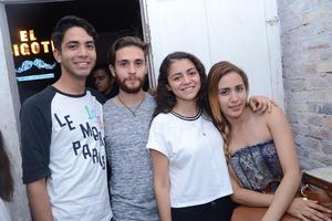 Luis, Amilcar, Alexa y Paola.